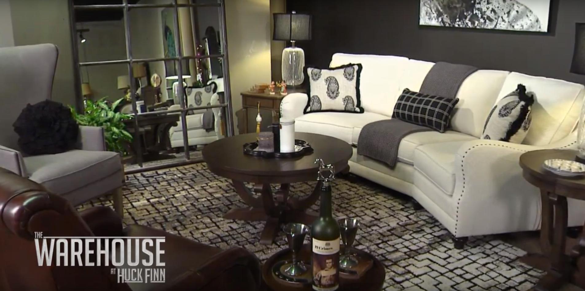 How to design a Saratoga themed living room