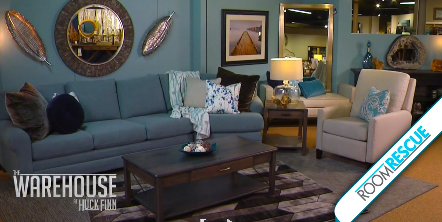 How to Create An Oasis With A Contemporary Living Room